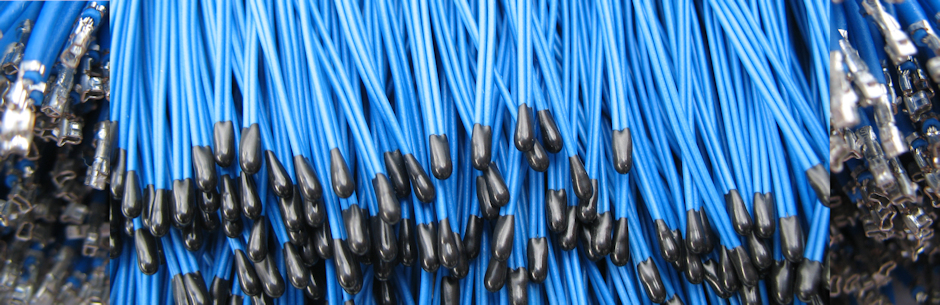 TA4-blau-Triptichon-940×305